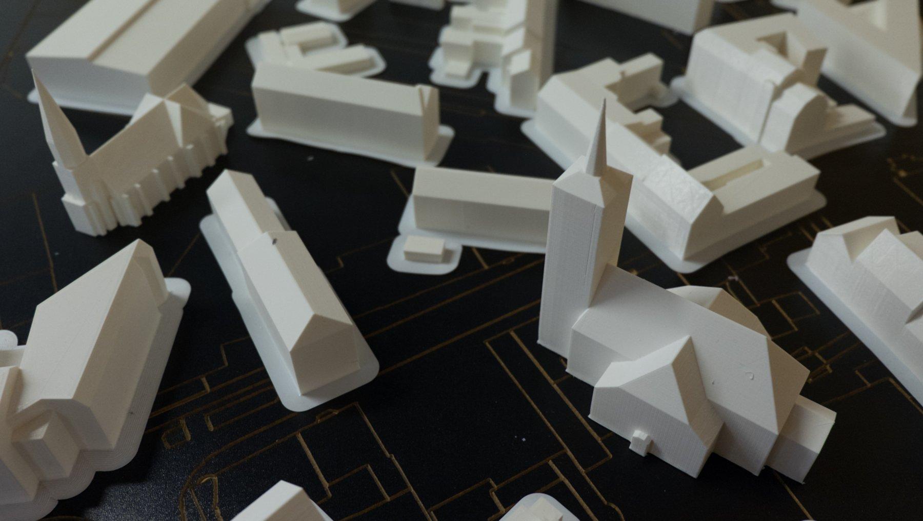 erste Gebäudemodelle, noch nicht platziert