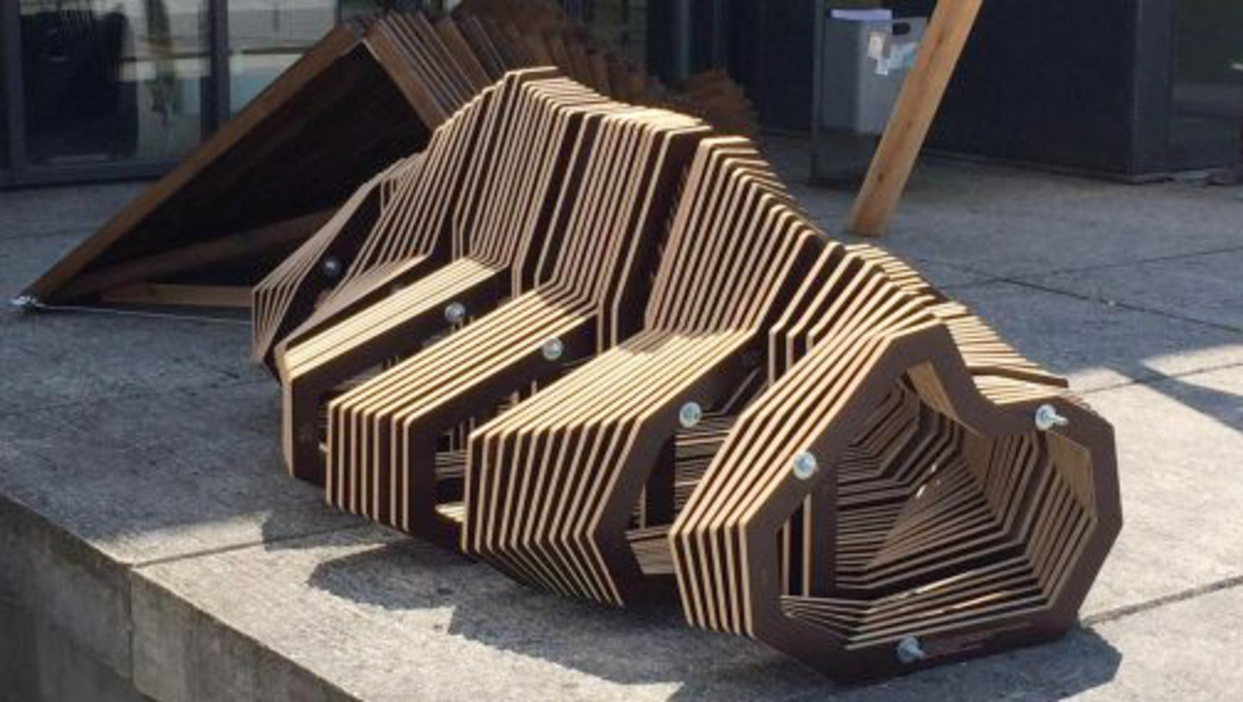 Park 'n' Seat Bench